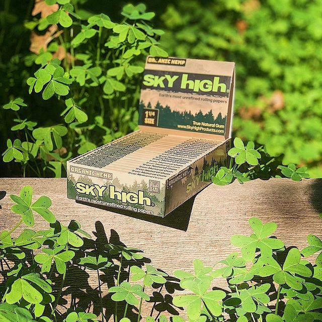 Sky High Rolling Papers